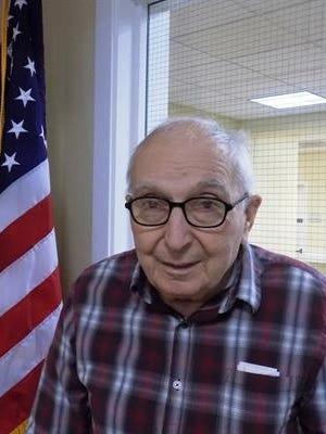 Dennis Gange, 90