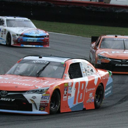 Drivers compete in the qualifying rounds on Aug.12