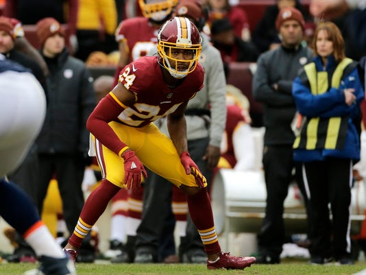 Panthers_Redskins_Football_95353.jpg