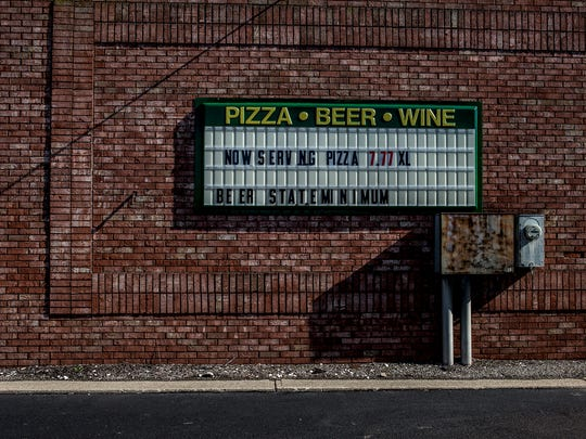 The Kwik n Kold on 21st Street will now be serving pizza.
