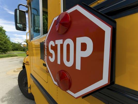 635617576774656382-schoolbus-3-