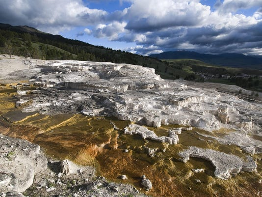 BC-US—Yellowstone-Then and Now