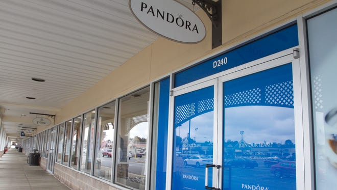 A Pandora jewelry store coming to Tanger Outlets in Howell Township, looks for employees with a sign on their door shown Wednesday, Oct. 4, 2017.