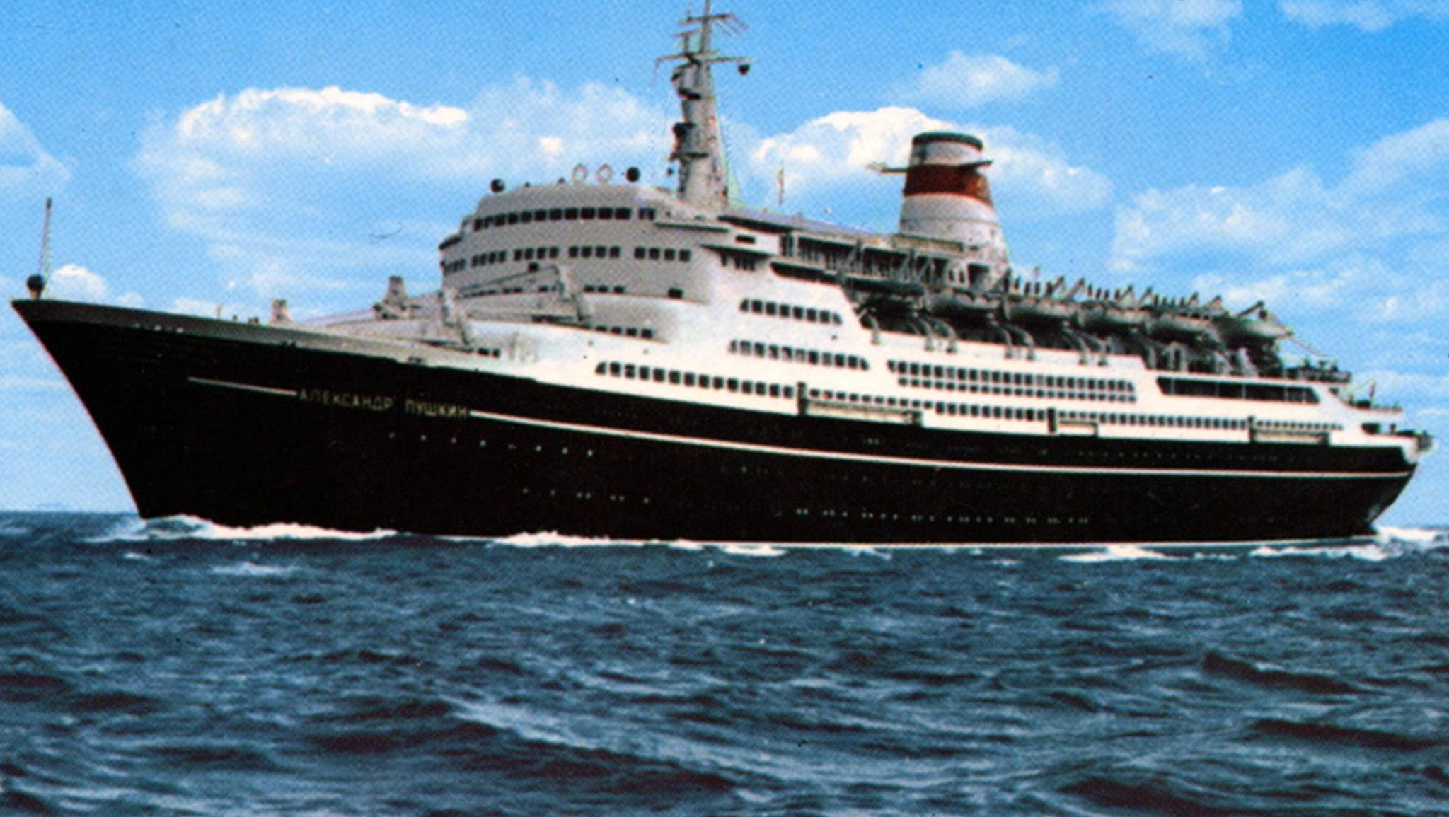 The Marco Polo was the second in a quintet of Soviet-operated liners commissioned for the state-owned Black Sea and Baltic Shipping Companies. Originally built to sail between Leningrad (St. Petersburg) and Montreal, the ship was originally named after the Soviet writer and poet Alexandr Pushkin.