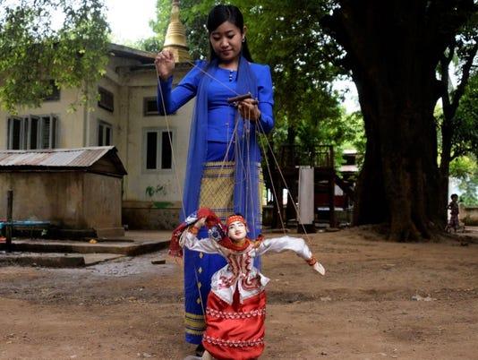 636572979951230385-Myanmar-Marionette-Puppets-17-.jpg