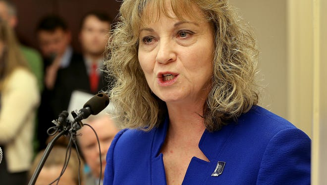 State superintendent Glenda Ritz addresses the Indiana House Education committee, Thursday, January 29, 2015, afternoon, as they consider a bill to strip of her power.