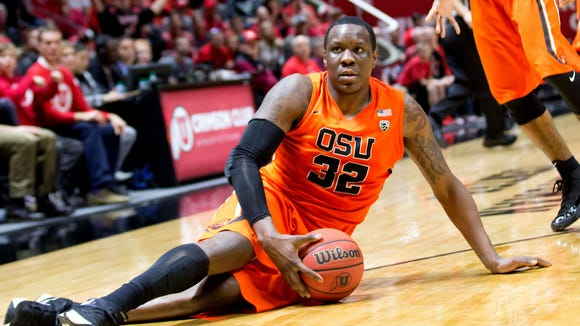 Jan 17, 2016; Salt Lake City, UT, USA; Oregon State forward Jarmal Reid (32) glares at official Tommy Nunez (not pictured) in response to a no-call during the second half against the Utah at Jon M. Huntsman Center. Utah won 59-53.