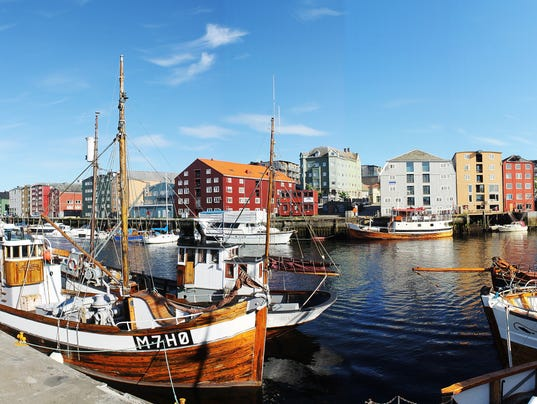 STC 0727 Trondheim boats