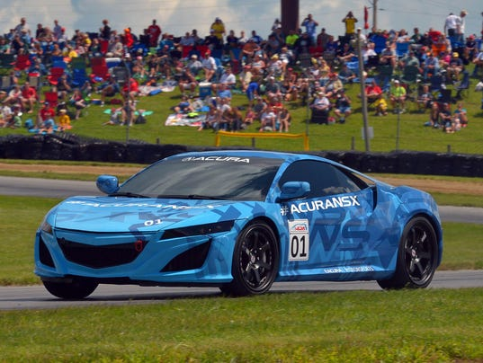 The Acura NSX Prototype Makes Its Public Running Debut