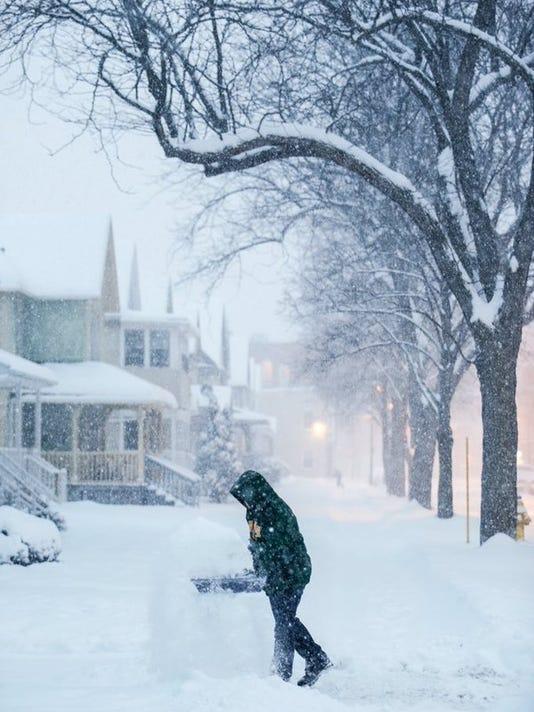 635912070050166458-snow2.jpg