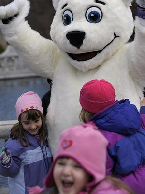 Live entertainment, treats and games at part of Bunnyville at Detroit Zoo this weekend.