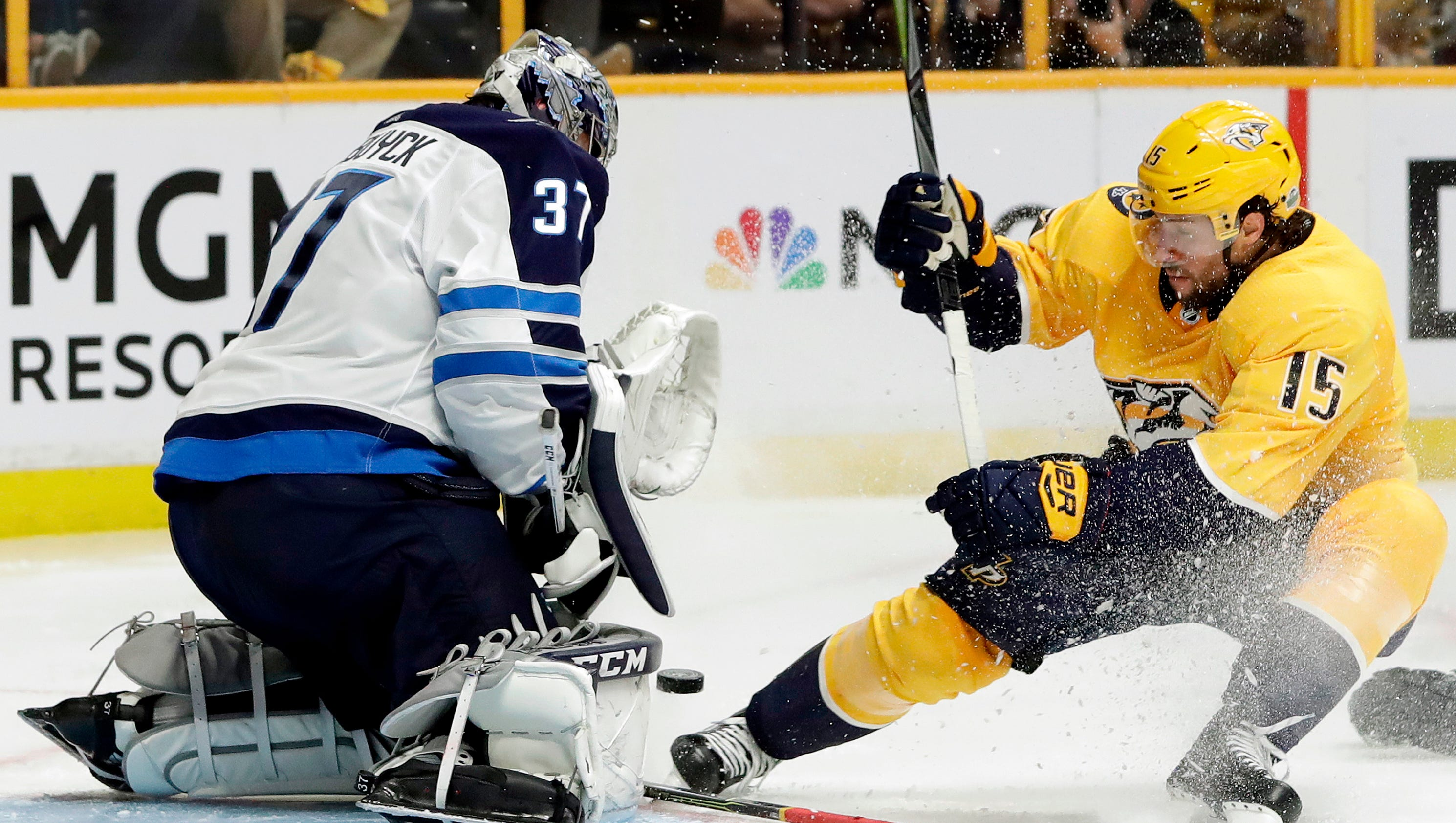 Hellebuyck made 47 saves and the Jets beat the Nashville Predators ffe214f18