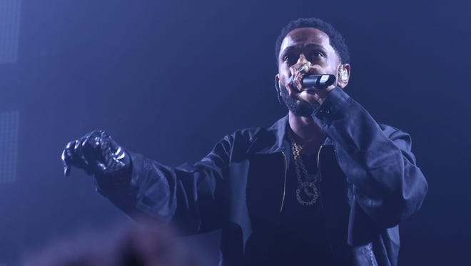 "Big Sean performs a free show in celebration of his new album ""Double or Nothing."""