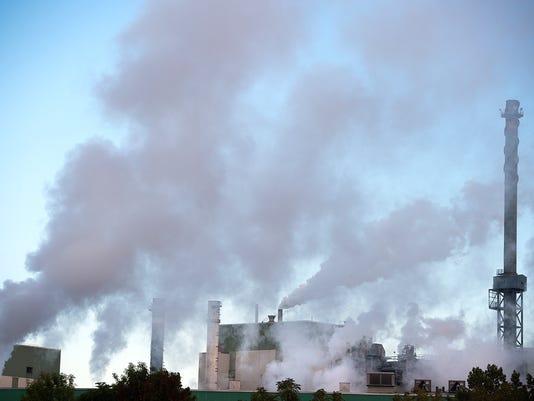 YDR-JP-092716-Glatfelter-pollution