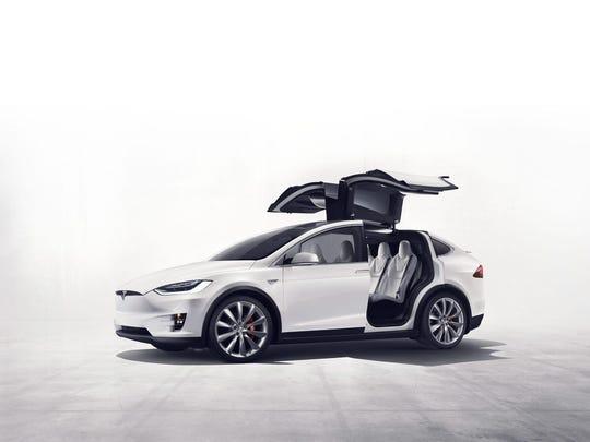 Tesla Model X will have 250 miles of range.