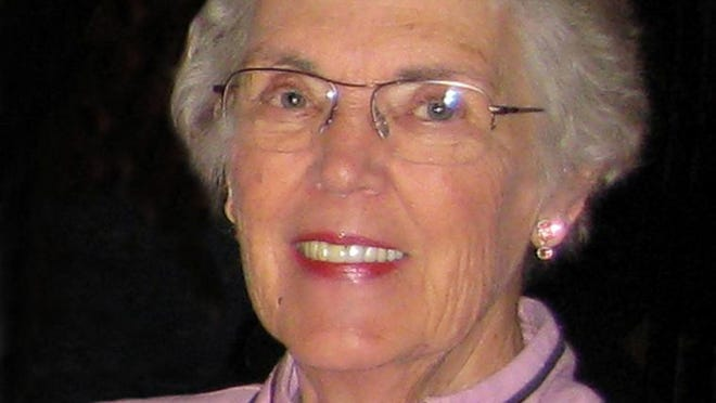 Charlotte Mae Kennedy of Fort Collins, Colorado passed away peacefully Friday  afternoon, August 22, 2014.
