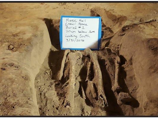 635972902385871417-Bones-under-pit.jpg
