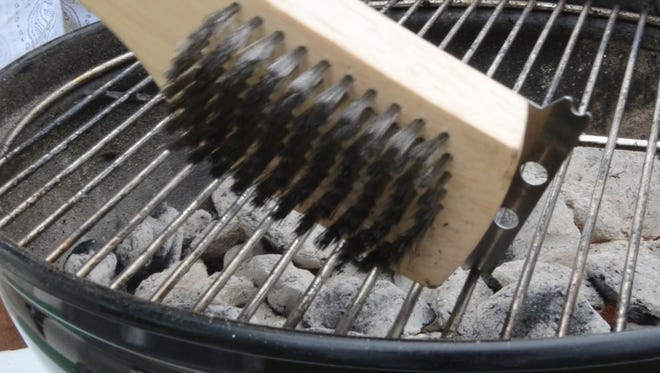 A Michigan man who says he swallowed a stray bristle from a grill brush after barbecuing chicken has failed to persuade an appeals court to revive his lawsuit.