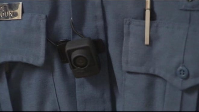 18 Florida police departments equip officers with body cameras.