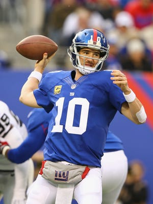 Eli Manning's streak of 210 consecutive starts will come to an end on Sunday.