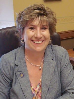 State Sen. Jennifer Shilling, D-La Crosse.