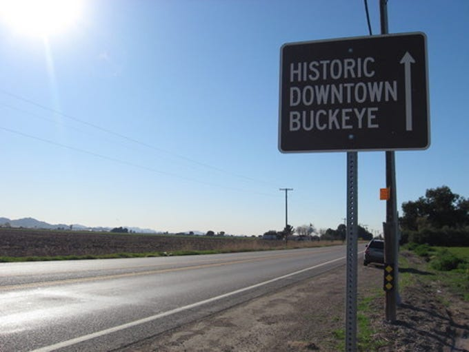 Just east of Buckeye, the signs on Maricopa County