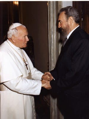 Cuban leader Fidel Castro and Pope John Paul II met on Nov. 1996, a historical meeting at the Vatican.