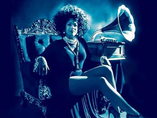 Songstress Kimmie Horne has sold out The Dirty Dog Cafe.