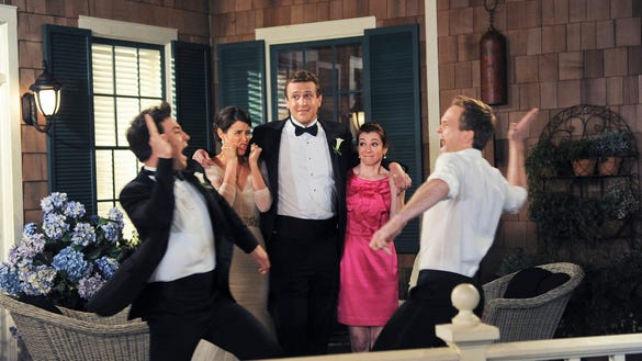 XXX HIMYM-SERIES-FINALE-HIGH-5-4397-.JPG LIF ENT TEL SERIES FINALE USA CA