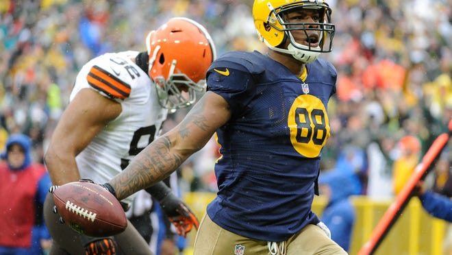 With no Jermichael Finley, the Packers will need someone to step up into a playmaking role at tight end.
