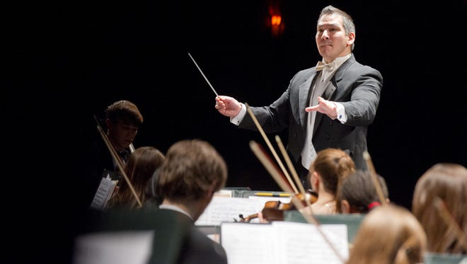 Jeffrey Domoto leads the Vermont Youth Orchestra during a performance at the Flynn Center in Burlington in 2012.