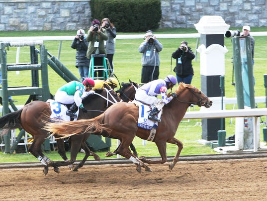 Route du Kentucky Derby/Kentucky Oaks 2016 635958146425932867-WEEP-NO-MORE---The-Central-Bank-Ashland-Gr-1---04-09-16---R06---KEE---Aerial