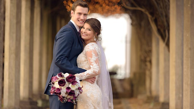 """Bringing Up Bates"" stars Bobby Smith and Tori Bates got married in Knoxville on Dec. 16."