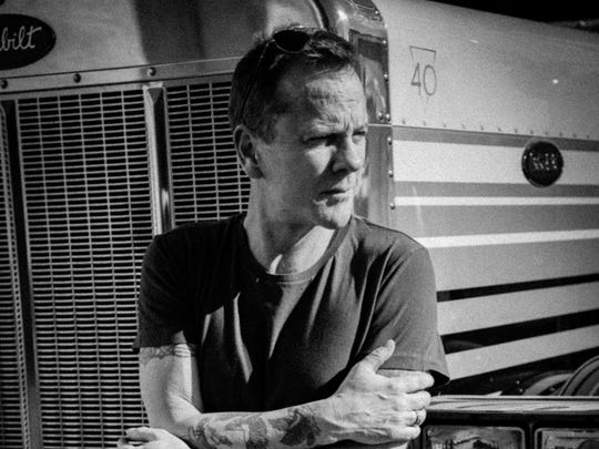 Kiefer Sutherland returns to the Stone Pony in Asbury Park in May.