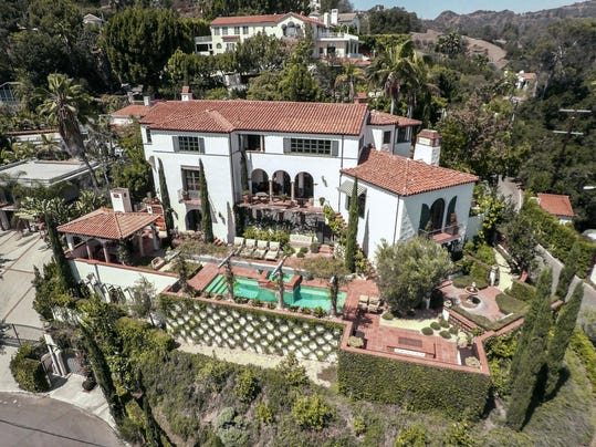 Chris Hardwick and Lydia Hearst's house