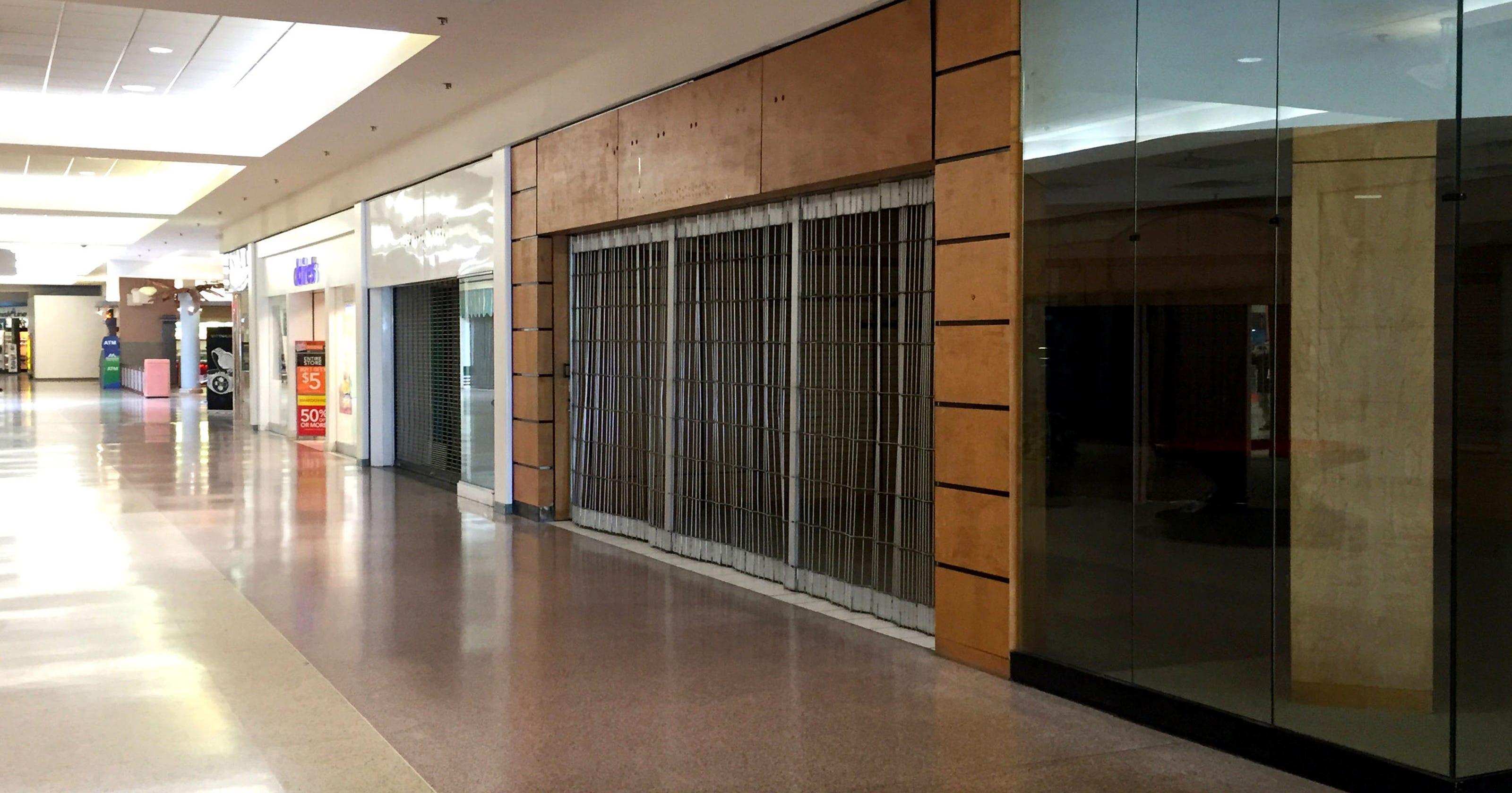 65231450049 Eastland Center mall struggles as more stores close