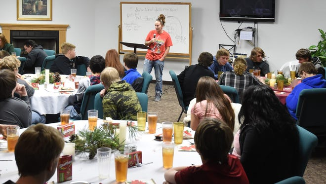 Amanda March, supervisor for the Great Circle juvenille shelter in Springfield, Mo., talks about her life experiences Wednesday with students from the Guy Berry College and Career Academy.