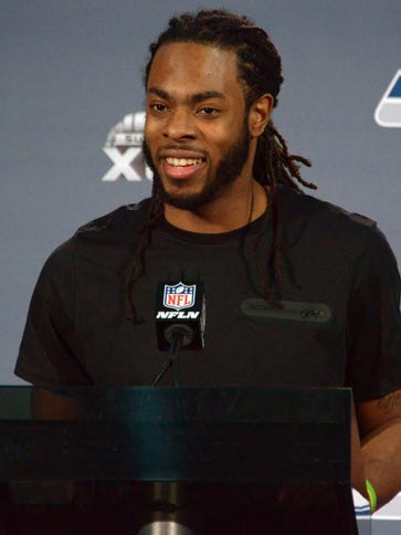 Seahawks CB Richard Sherman knows how to work a crowd