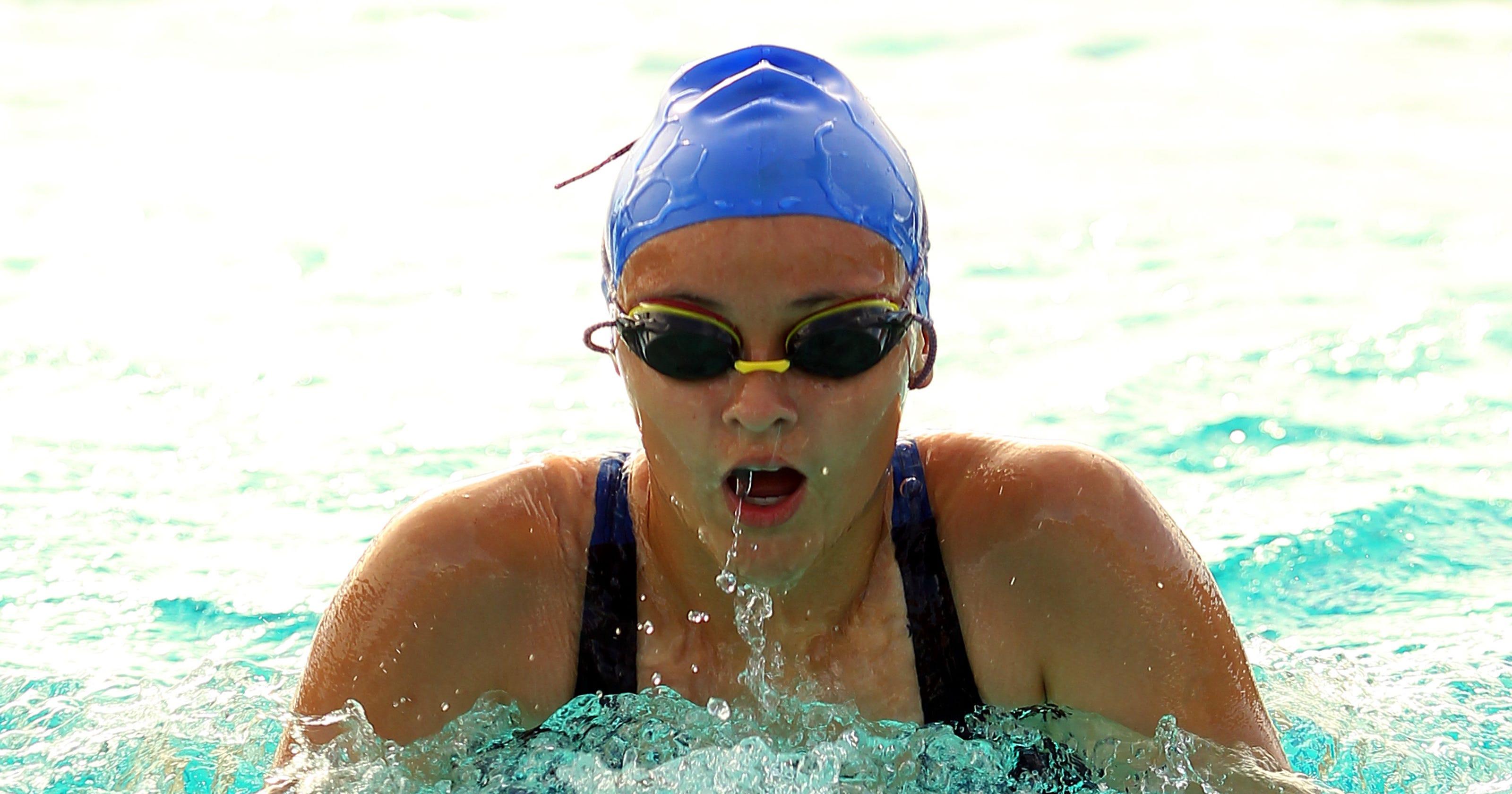 Rajahs swim past Arabs in non-league meet