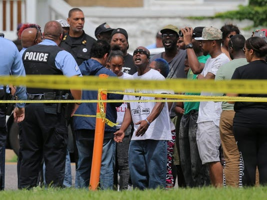 9 arrested in St. Louis protest over shooting