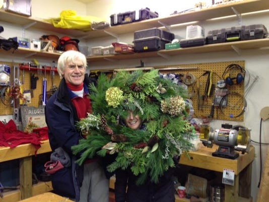 dcn 1130 ridges wreaths