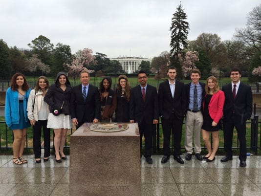 Monmouth U students with Prof Rapolla outside the White House.JPG
