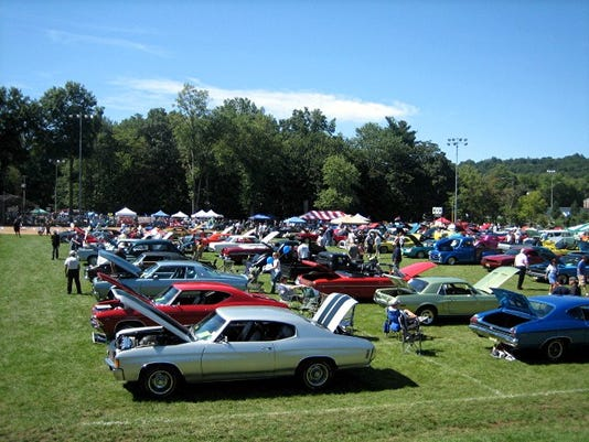 Warren Car Show pic-1.JPG