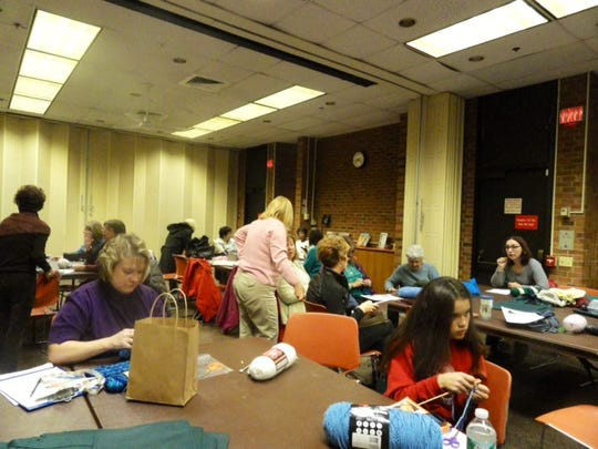 We had a lot of fun at our first knitting session at the Bridgewater Library on Dec. 5, working on the Diagonal Stitch Pompom hat pattern together.