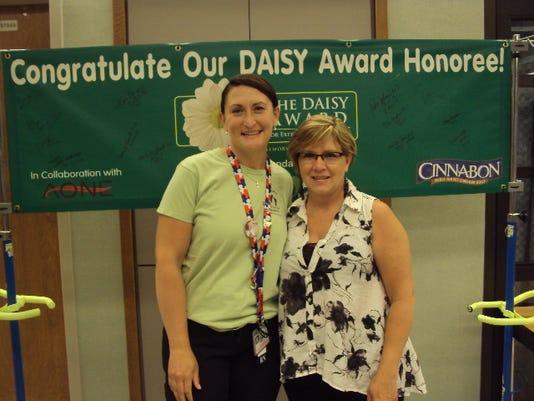 MNH 0708 Daisy award.JPG