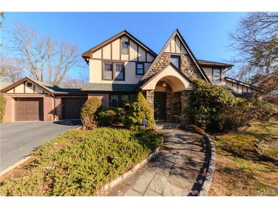 20 Swarthmore, Scarsdale