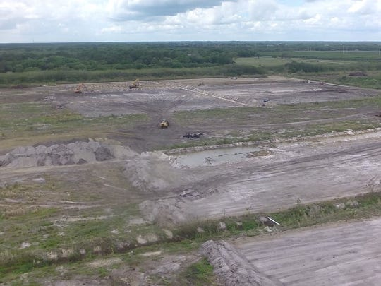 Beginning constuction on Caloosahatchee (C-43) reservoir project.