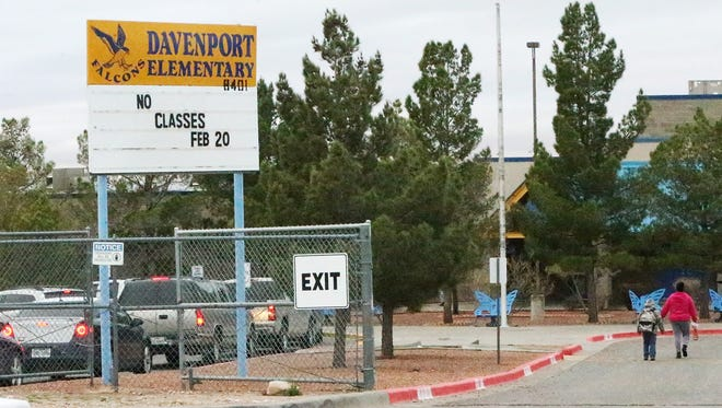 Parents line up to drop off their students at Davenport Elementary School Tuesday morning in the community of Westway in the Canutillo school district.