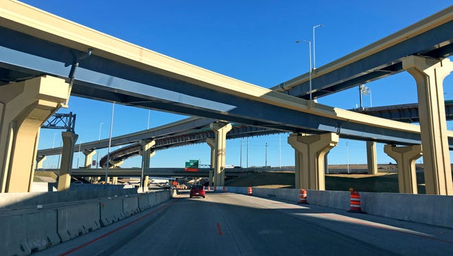 Construction work on the Zoo Interchange will shut down a pair of ramps starting Sunday night, April 25. The closures are expected to last two to three weeks.