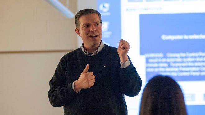 Lakeview High School teacher Scott Durham.